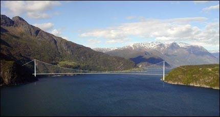 Ponte_Hardanger